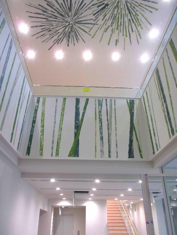 写真: 自然の陽光・明るさを表現するデザイン例【国立音楽大学附属図書館、東京都立川市】